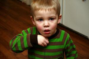 кашель у ребенка не проходит