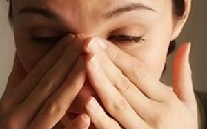 Болят глаза при простуде.
